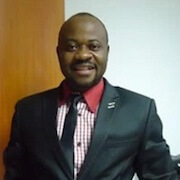 Enstine Muki - Blogger